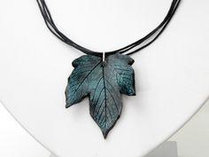 Statement Ketten -  Blatt Halskette, Kunst aus Polymer clay Fimo - ein Designerstück von filigran-Design bei DaWanda