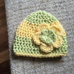 Happy Mother's Day to all you wonderful mothers!! Hopefully you all get time to craft today and relax. I am so behind on my 100 day project life just keeps getting in the way lol.  Here is day 12/100 #the100dayproject #100daysofkayedesignsinventory  Flower beanie size preemie.  #loopsandthreadsimpeccable by kayedesigns