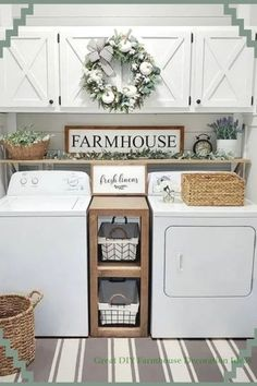 Small Laundry Room Ideas - Space Saving Ideas for Tiny Laundry Rooms (Creative and Simple DIY) Small Laundry Room Ideas (on a BUDGET) – Laundry room organization and small laundry room ideas. These laundry room makeover pictures are amazing before an Farmhouse Style Diy, Room Remodeling, Rustic Decor, Farmhouse Laundry, Tiny Laundry Rooms, Farm House Living Room, Rustic House, Room Makeover, Room Design