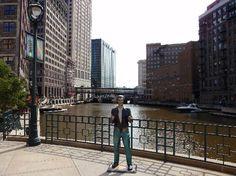 Milwaukee Riverwalk-the Bronze Fonz