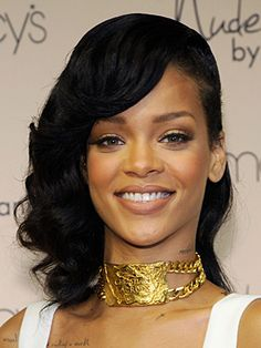 Rihanna Hairstyles - December 11, 2012 - DailyMakeover.com
