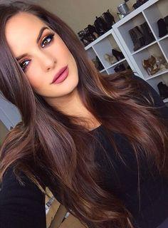 Lightened brown hair gorge