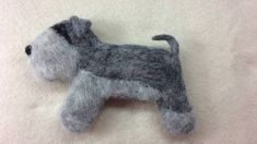 DIY How to needle felt make Schnauzer Dog Brooch* Tutorial*. In this video I'm showing how to needle felt Schnauzer Brooch from start to finish. And what materials you will need for this project. You can have it as a brooch, or add a wee Needle Felted Animals, Felt Animals, Felt Diy, Felt Crafts, Nuno Felting, Needle Felting, Schnauzer Dogs, Wool Felt, Pup