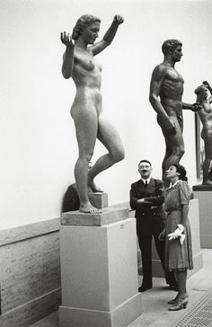 Hitler and Hanna Reitsch 1939