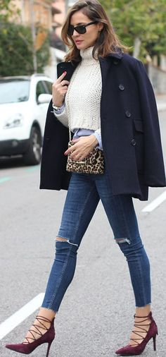 Classic Navy Coat Fall Street Style Inspo #Fashionistas