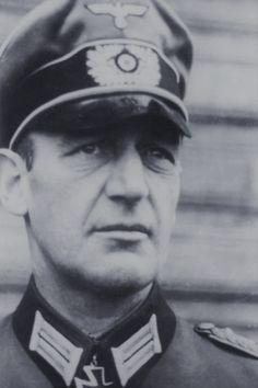 Generalleutnant Martin Grase (1891-1963), Kommandeur 1. Infanterie Division, Ritterkreuz 18.10.1941, Eichenlaub (248) 23.05.1943