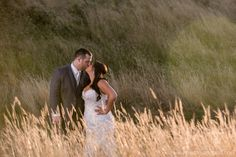 Beautiful shots of Chelsea & Adam on their big day. The Oregon Golf Club. 2016.