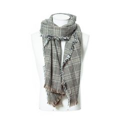 Image 2 of CHECKED SCARF WITH FRINGES from Zara