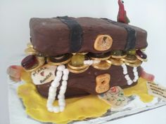 A treasure chest cake I made for my friend's pirate themed hen do!