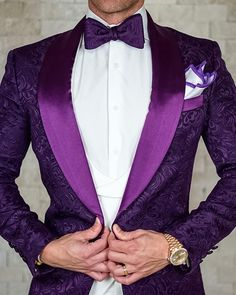 suits men purple S by Sebastian Midnight Plum Paisley Dinner Jacket Good Prom Suits, Best Wedding Suits, Prom Suits For Men, Wedding Men, Gothic Wedding, Wedding Attire, Wedding Ideas, Purple Prom Suit, Purple Tuxedo
