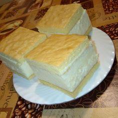 Sárga krémes, az édesség amivel nem lehet melléfogni! - Egyszerű Gyors Receptek Hungarian Recipes, Food And Drink, Cheese, Basket