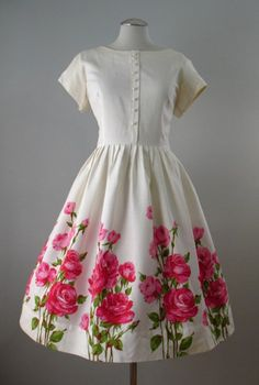 Vintage 50s Dress Roses Full Skirt Cotton Large bust 41 at Couture Allure Vintage Clothing