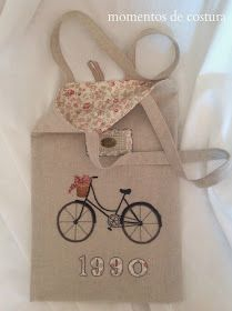 bag with bicycle motif Handmade Purses, Handmade Items, Sewing Tutorials, Sewing Projects, French Knot Embroidery, Ideias Diy, Purse Patterns, Love Sewing, Kids Bags