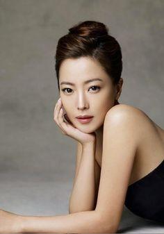 Kim Hee Sun  flawless