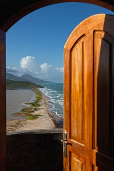 You ever wake up not knowing where you are and the only way to figure it out is to look out a window or open the door to go outside? Well if this was that door, I would believe I was dreaming. — at Isla de Margarita, #Venezuela. Photography by http://www.flickr.com/photos/espinozr/