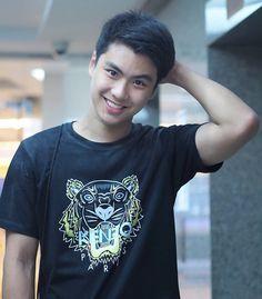Hot Asian Men, Asian Boys, Donny Pangilinan, Boyfriend Photos, Love Film, Boy Pictures, Handsome Faces, Thai Drama, Cute Actors