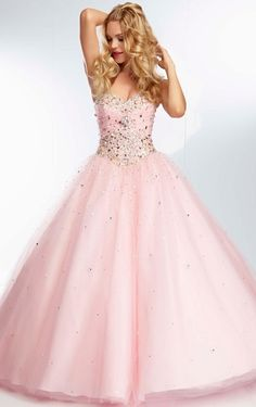Ball Gown Stylish Tulle Crystals Floor Length Pink Sweetheart Prom Gowns