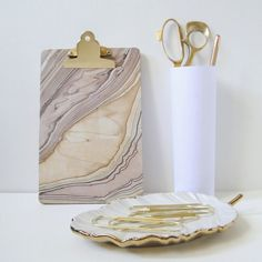 #diy marble clipboard using Mod Podge