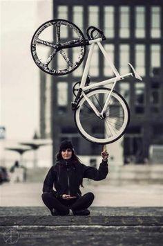 Vuela women fitness cycling cyclist bike fitfam fitness fitspo fitspiration