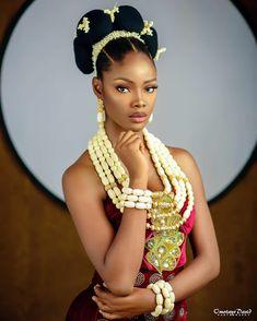 African Beauty, African Women, African Fashion, African Wedding Attire, African Attire, Nigerian Culture, Curly Crochet Hair Styles, Most Beautiful Black Women, African Traditional Wedding