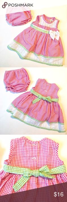 Baby Gingham Dress and Bloomers Set Rare Editions baby girl dress and bloomers set in pink and white gingham with eyelet trim and a bow at the waist. Size 6-9 months. Rare Editions Matching Sets