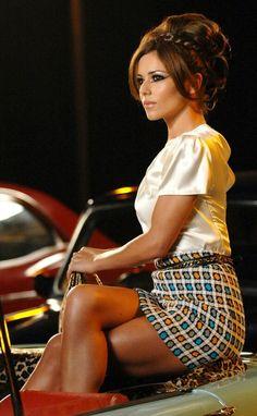 Cheryl Fernandez-Versini (formerly Cheryl Cole) (ALJ) Pin Up, Beautiful Legs, Most Beautiful Women, Cheryl Cole Style, Cheryl Cole Hair, Cheryl Ann Tweedy, Cheryl Fernandez Versini, Girls Aloud, Sexy Legs