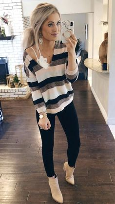 60 Fashion Teenage That Make You Look Cool 60 Mode-Teenager, die Sie cool aussehen lassen 60 Fashion, Modest Fashion, Autumn Fashion, Fashion Outfits, Fashion Trends, Trending Fashion, Fashion Ideas, Style Fashion, Winter Fashion Casual
