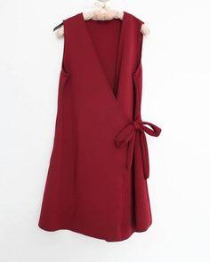 Vest Natasha kode isav 03 Lingkar dada 90cm Panjang 81cm Bahan scuba Harga 109.000  Order via LINE or BBM (pilih salah satu)  Didahulukan  format order Nama (kecamatan/kabupaten)orderan (nama barang kode barang warna barang) no hp  #hijab #onlineshop #trustedseller #laila #trustedolshop #recommended #butik #fashion #dress #hiiabstyle #hotd #ootd #hijabers #hijab #atasan #top #pants #celana #vest #jeans #denim #jumpsuit #tunik #sweater #skirt #rok #cardiganmurahbangetloh by lailabeauty
