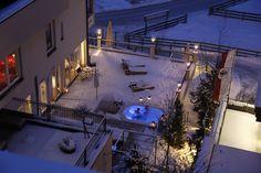 Poolterrasse mit  Whirlpool im Winter Spas, Outdoor, Winter, Air Fresh, Outdoors, Outdoor Games, Outdoor Life