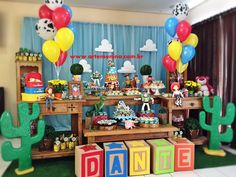 Back drop for snack area Woody Birthday, Toy Story Birthday, 3rd Birthday Parties, 1st Birthdays, 2nd Birthday, Toy Story Baby, Toy Story Theme, Festa Toy Store, Toy Story Decorations