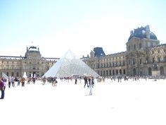 Le Louvre! Paris, France - 2010