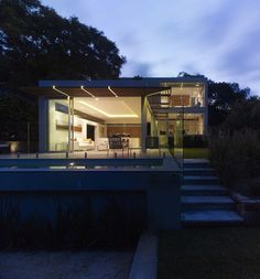 Castlecrag House, Sydney, Australia - modern - exterior - sydney - Rudolfsson Alliker Associates Architects