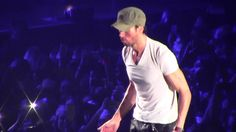 """ENRIQUE IGLESIAS """" BE WITH YOU/TIRED OF BEING SORRY"""" - Live in Bologna 5/19/2017"""