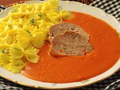 Cuketu a mrkev nastrouháme na hrubo, rajčata a cibuli nakrájíme na kousky. Na másle necháme zesklovatět cibuli. Přidáme nové koření s bobkovým... Food 52, Thai Red Curry, A Table, Mashed Potatoes, Paleo, Food And Drink, Gluten Free, Favorite Recipes, Cooking
