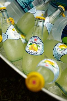 Refreshing drinks for your wedding reception can also fit with your colour scheme