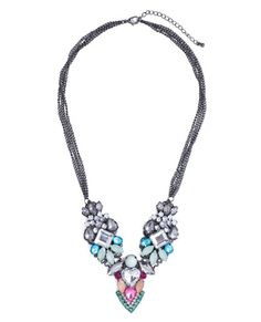 A party Stunner Necklace!❤️❤️❤️❤️❤️❤️❤️❤️