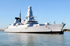 Picture of the HMS Defender Defender represents the fifth of six Type 45 guided missile destroyers entering service with the British Royal Navy. Type 45 Destroyer, British Armed Forces, Naval History, Navy Marine, Royal Marines, Military Photos, Navy Ships, Royal Air Force, Aircraft Carrier