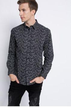 Zobacz produkt Medicine - Koszula Dark Side kolor czarny  RW16-KDM530w oficjalnym sklepie odzieżowym online marki MEDICINE. Dostawa w 24h - dzisiaj zamawiasz, jutro przymierzasz. Zapraszamy do zakupów.