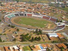 Estádio Adail Nunes da Silva - Taquaritinga (SP) - Capacidade: 19 mil - Clube:Taquaritinga