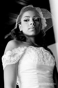 Evelyn + Adriano  #bride #briderj #noivasdavania #noivasriodejaneiro #diadanoiva #vaniadepaulaprofessionalmakeup #vaniadepaulamakeup #beautifulbrides #producaodenoivas