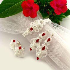 e Etsy listing at https://www.etsy.com/listing/222999462/custom-order-wedding-jewelry-set-little