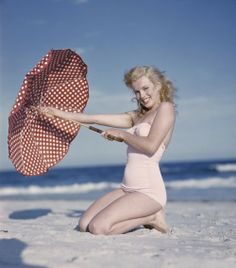 Marilyn Monroe beach umbrella