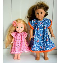 Free pattern: Angel Sleeve Dress for dolls