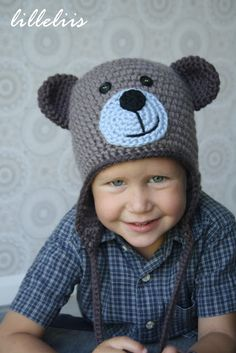 Crochet bear hat... I would do this with just button eyes and a cuter nose/mouth