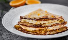 Crepe plain flour, butter, caster pinch of ml orange liqueur (Grand Marnier)… Gourmet Recipes, Dessert Recipes, Desserts, Happy Pancake Day, Grand Marnier, Crepes, Sweet Treats, Yummy Food, Sweets
