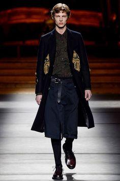 Dries Van Noten Fall 2016 Menswear Fashion Show