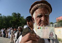 厳戒下で決選投票=アフガン【AFP=時事】