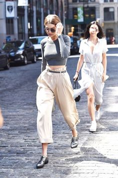 If you're not picking up the Annie Hall vibes Gigi Hadid is throwing down here, then...then just forget it. #refinery29 http://www.refinery29.com/2016/01/102185/gigi-hadid-style-pictures#slide-1