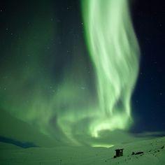 "The fall of aurora  オーロラの""滝""、スウェーデン"