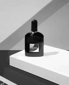 Black Orchid by Tom Ford - Eau De Parfum Advertising Photography, Commercial Photography, Still Life Photography, Beauty Photography, Product Photography, Parfum Paris, Black Orchid, Bottle Design, Tom Ford